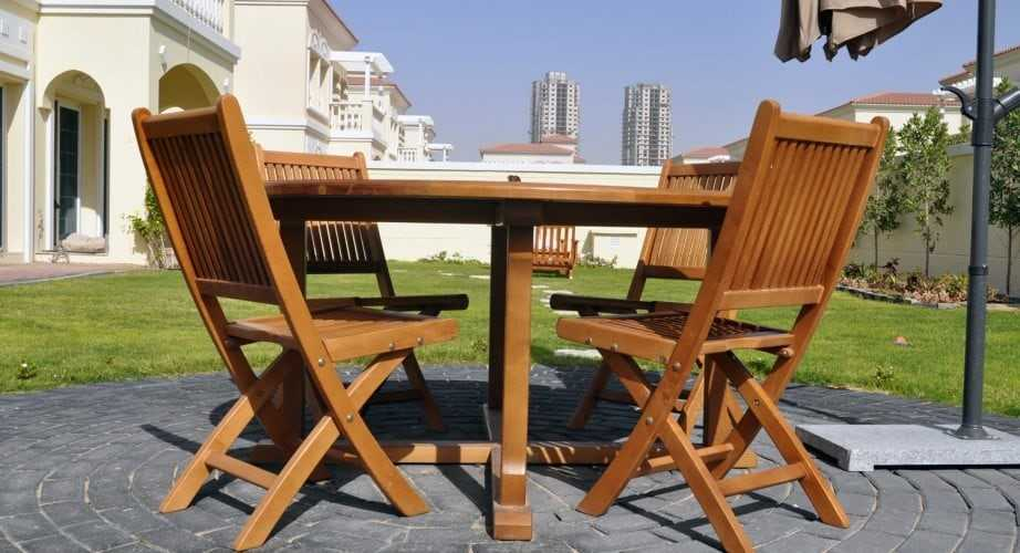 Preparation for storing outdoor furniture and terraces